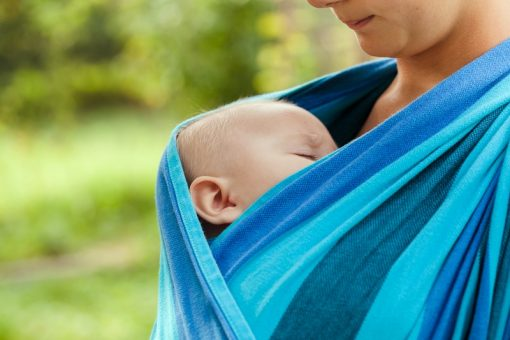 The Little Known Benefits of Babywearing