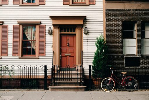 How to Pick the Best Color for Your Home's Exterior