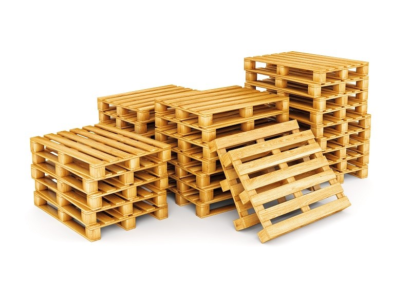 What You Need to Know About Pallets from North Carolina Lifestyle Blogger Champagne Style Bare Budget