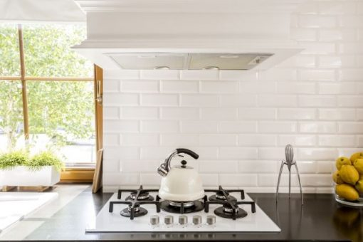 3 Ways to Update Your Kitchen from North Carolina Lifestyle Blogger Champagne Style Bare Budget