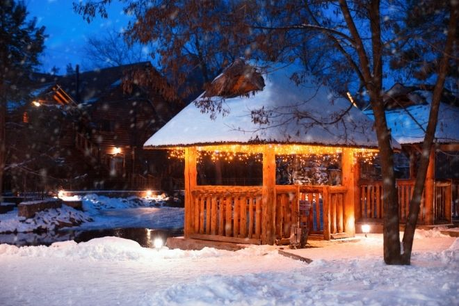 Ways To Beat the Winter Blues in Your Backyard