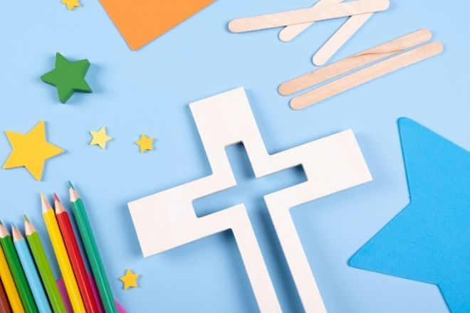 Children's Crafts That Include the Bible