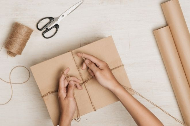 Best Ways To Save Money on Gift Wrapping